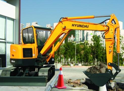 Hyundai 6t R60-9 Mini Excavator 2