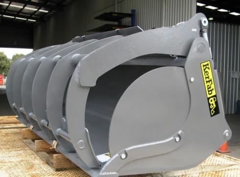 Industrial Bucket Grapple Attachment 2