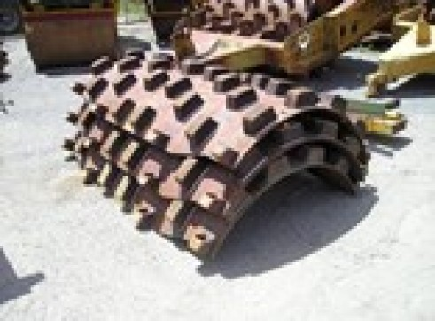 INGERSOLL-RAND SD100 Padfoot Roller Shell 1