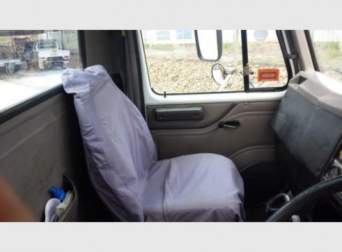 International Navistar Site Service Truck - 10,800L Fuel + lubes 12