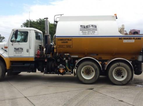 International Navistar Site Service Truck 1