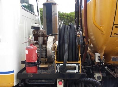 International Navistar Site Service Truck 3