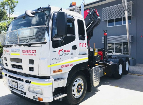 Isuzu 6x4 Prime Mover with PK18002 EH Crane 1