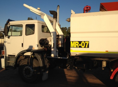 Iveco 13,500L Water Truck 3
