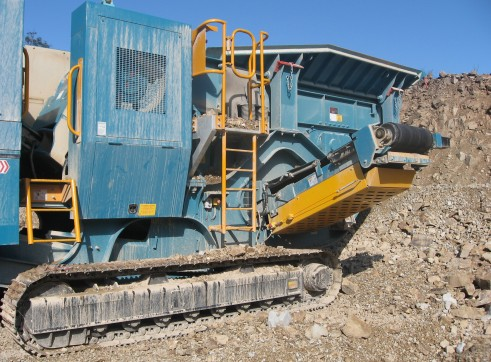 Jaw Crusher XR400S 2