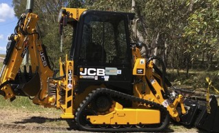 JCB 1CXT Backhoe Loader 1