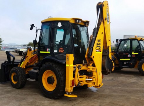 JCB 3CX BACKHOE 2