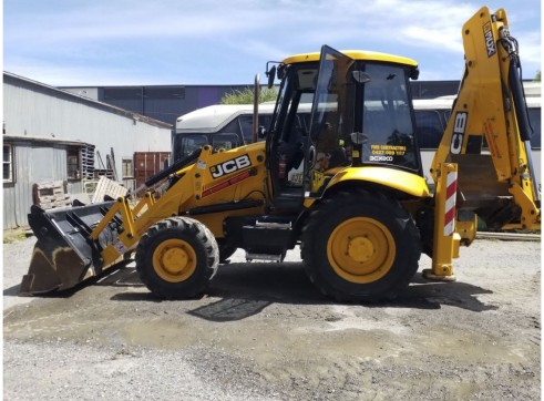 JCB 3CX ECO Backhoe Loader 1
