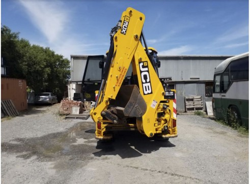 JCB 3CX ECO Backhoe Loader 2