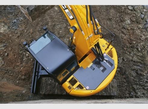 JCB JZ140 Excavator 14 Tonne Digger Hire 3