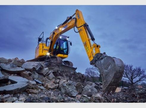 JCB JZ140 Excavator 14 Tonne Digger Hire 4