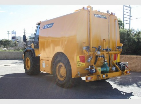 JCB Watercart - 13,500 Litres 1