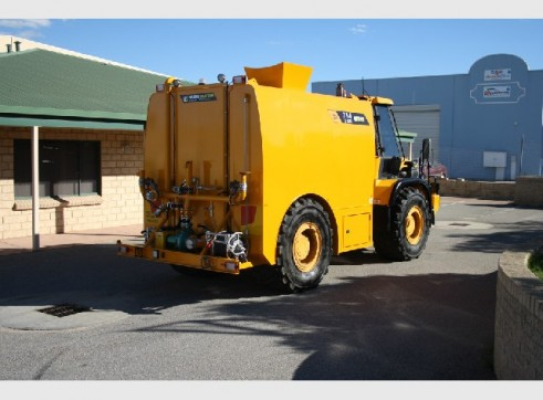 JCB Watercart - 13,500 Litres 3