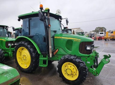90HP John Deere 5090R 4WD Tractor 3