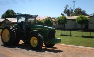 John Deere 8400 Tractor 260Hp 1