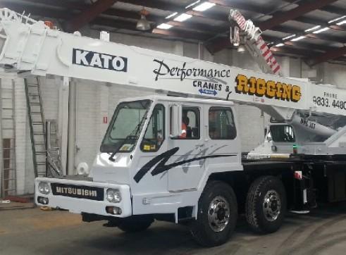 Kato NK 300 EV 1