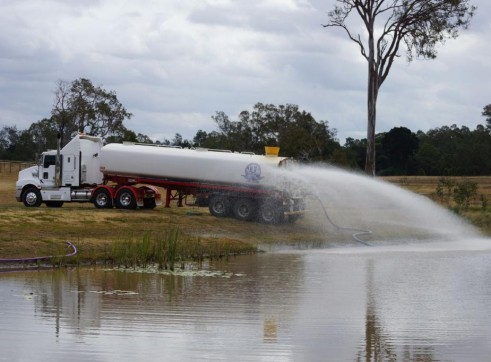 Kenworth & Tristar steel semi water tanker. 3
