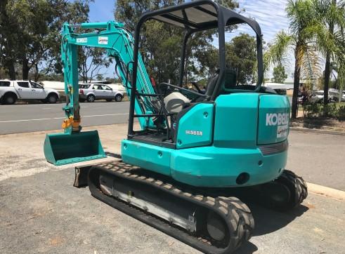 Kobelco SK55SR Mini Excavator, 5.2 Ton  2
