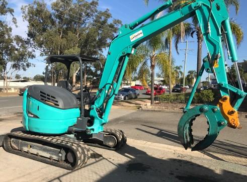 Kobelco SK55SR Mini Excavator, 5.2 Ton  5
