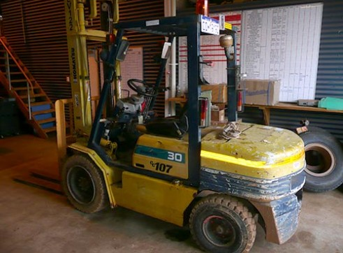 Komatsu FD30T diesel Forklift 3T 1