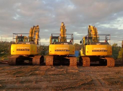 Komatsu PC210LC-8 Excavator