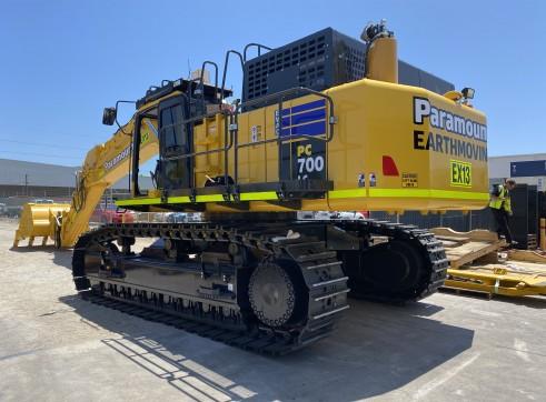 Komatsu PC700-11 70 t Excavator 1