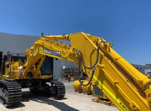 Komatsu PC700-11 70 t Excavator 2