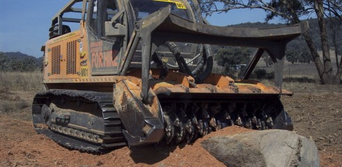 Land Clearing with Tracked Mulcher 5