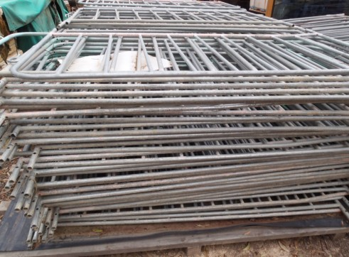 Large Lot Crowd Control Barriers. 160 separate barriers 2