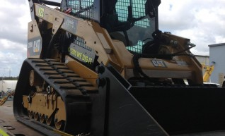 Large Posi Track Skid Steer 1