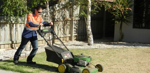 Lawn mowing (push mow and ride on) 2