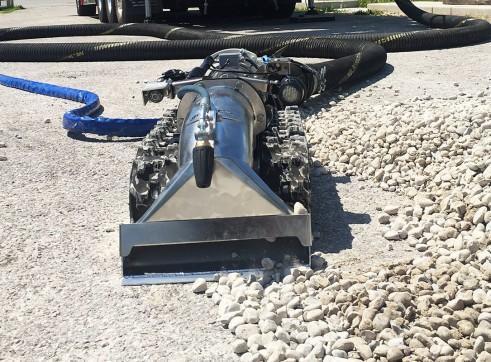 Lombrico XXS Vacuum Excavation ROV 1