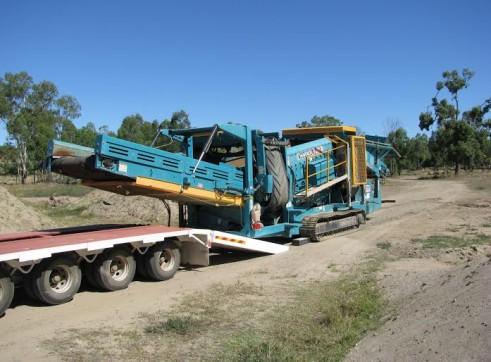 Low loader 1