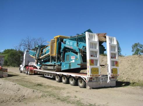Low loader 3