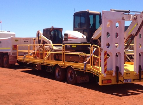 Low Loader Tag Float - 16.5T payload 3