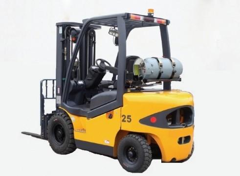 LPG Pneumatic Tyre Forklift