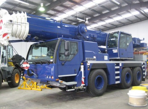 LTM1055-3.2 Leibherr All Terrain Crane 1