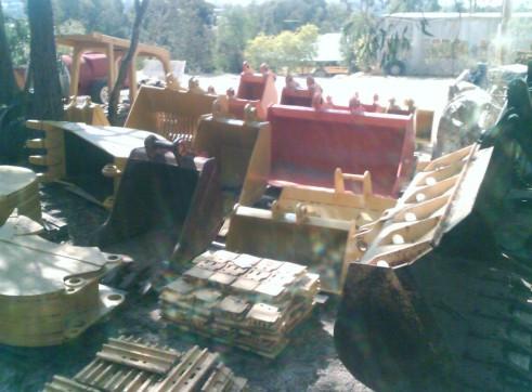 Machinery Attachments Buckets Tilt Sieve Screening Mud Trenching Rock 1