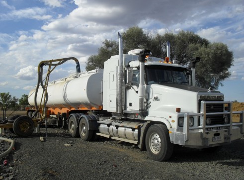 Mack Trident Prime Movers with 32000L Water Tankers x3  1