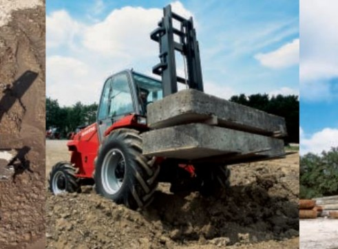 Manitou M50-4 4WD Forklift 1