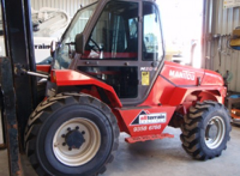 Manitou MH25 buggies for hire! 3