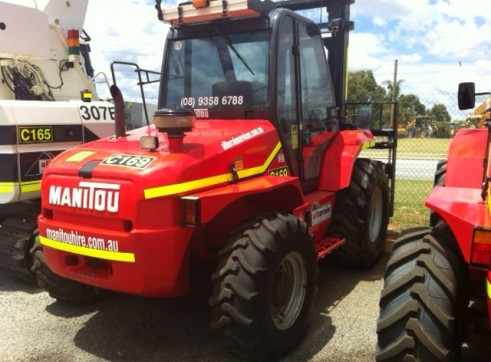 Manitou MH25 buggies for hire! 2