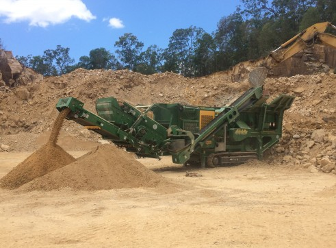 McCloskey Impact crusher 1