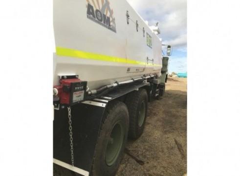 MDG Compliant - 6x6 Mack 5000L Service Truck 11