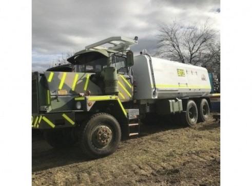 MDG Compliant - 6x6 Mack 5000L Service Truck 1