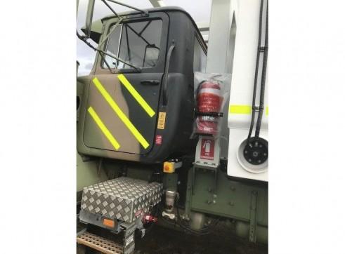 MDG Compliant - 6x6 Mack 5000L Service Truck 9
