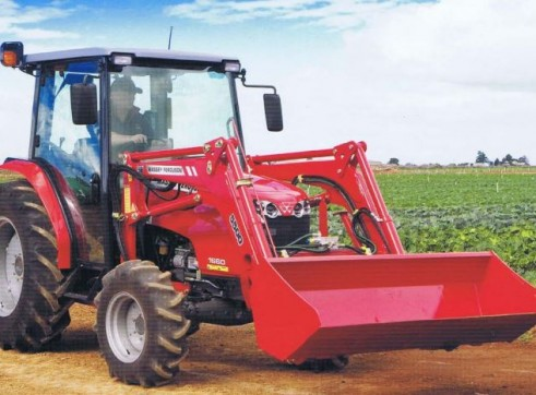 MF1660 Series Massey Ferguson Tractor 1