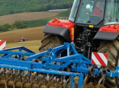 MF5400 Series Massey Ferguson Tractor 2
