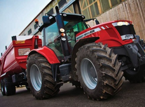 MF7600 Series Massey Ferguson Tractor 1