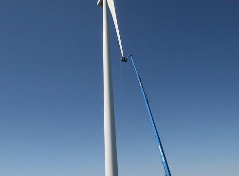 Mobile Straight Boom - 55m (180ft) Diesel Genie 1